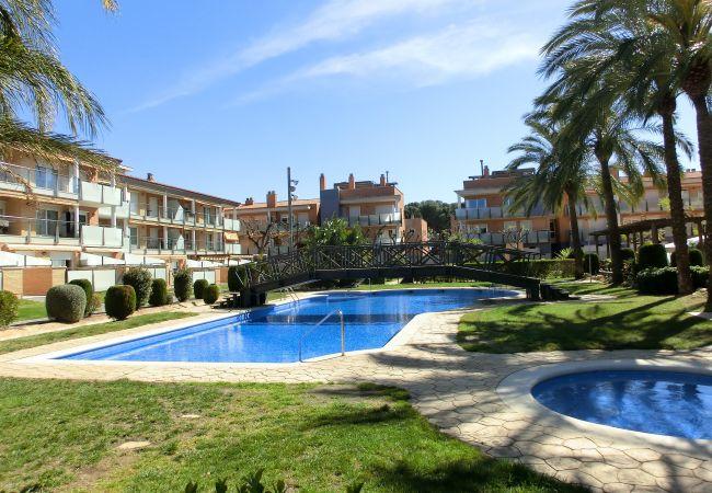 Ferienwohnung in Cambrils - 7190 -Planta baja PORT MARINO 3 Piscinas y Jacuzzi