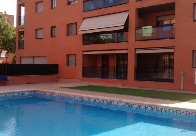 Ferienwohnung in Cambrils - 7333 Vivendi III 2 Hab, Piscina, a/a y a 50m Playa