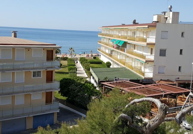 Apartment in Cambrils - 7346-Apartamento con bonitas vistas y 50m playa